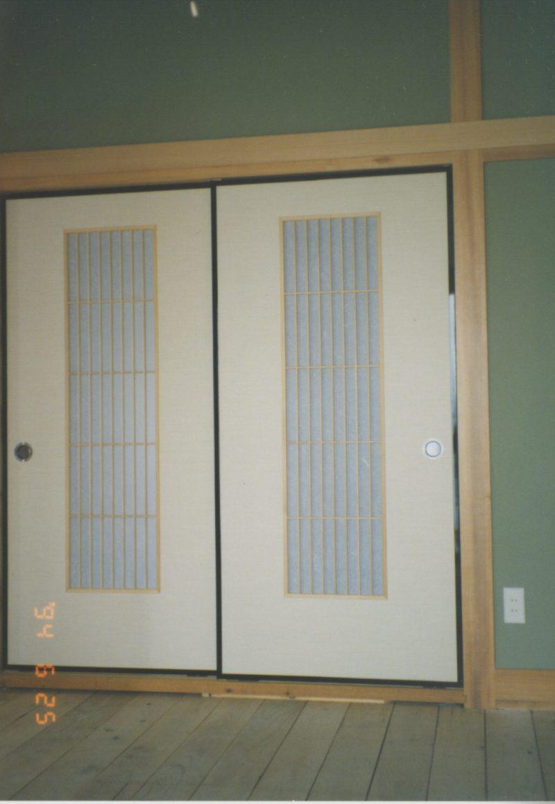 引違い戸襖