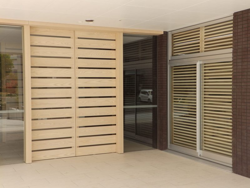 ホアイトアッシュ板戸 自動ドア