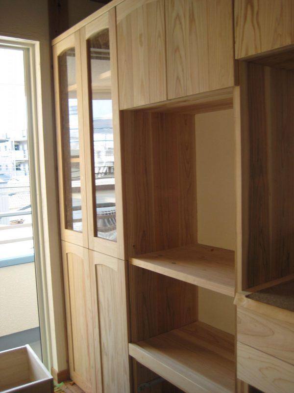 杉板 キッチンバック棚